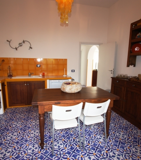 Villa Scauri kitchen