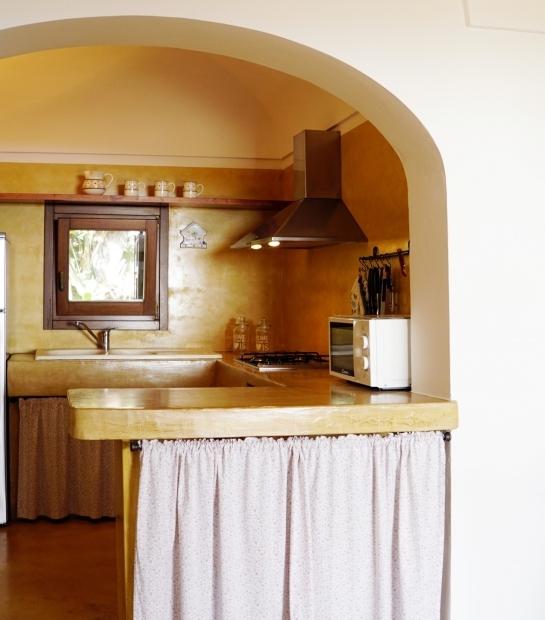 Kitchen in alcove of our Dammusi