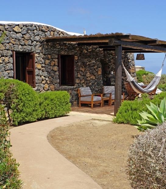Luxury Dammuso in Pantelleria